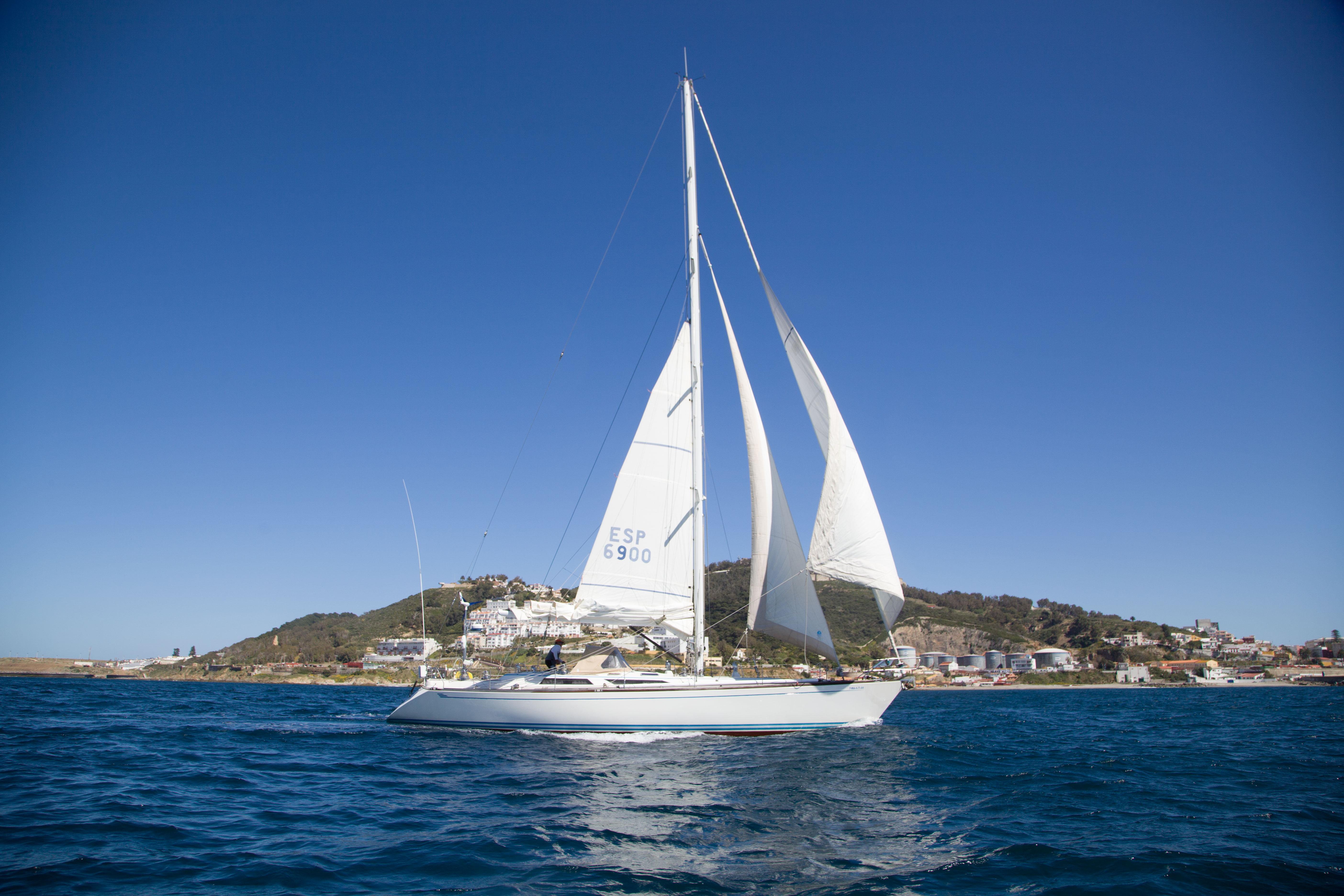 III Regata Intercontinental, embarcación Ceuta.Sí en la competición