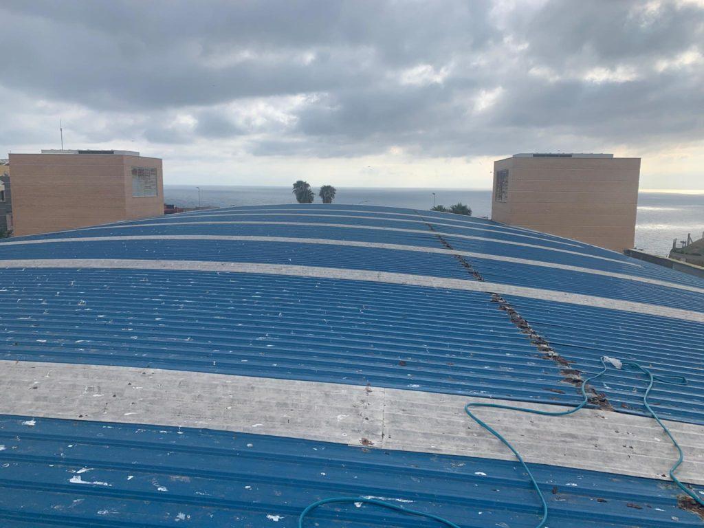 Reparación de la cubierta del Guillermo Molina azul