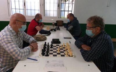Nuestros ajedrecistas luchan por el Campeonato Preferente en Málaga