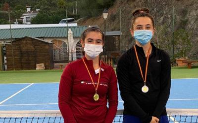 Claudia Martín Rodríguez se alza con la victoria del torneo del Club de Tenis de Estepona