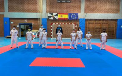 El equipo de tecnificación de kárate se prepara para el Campeonato de España