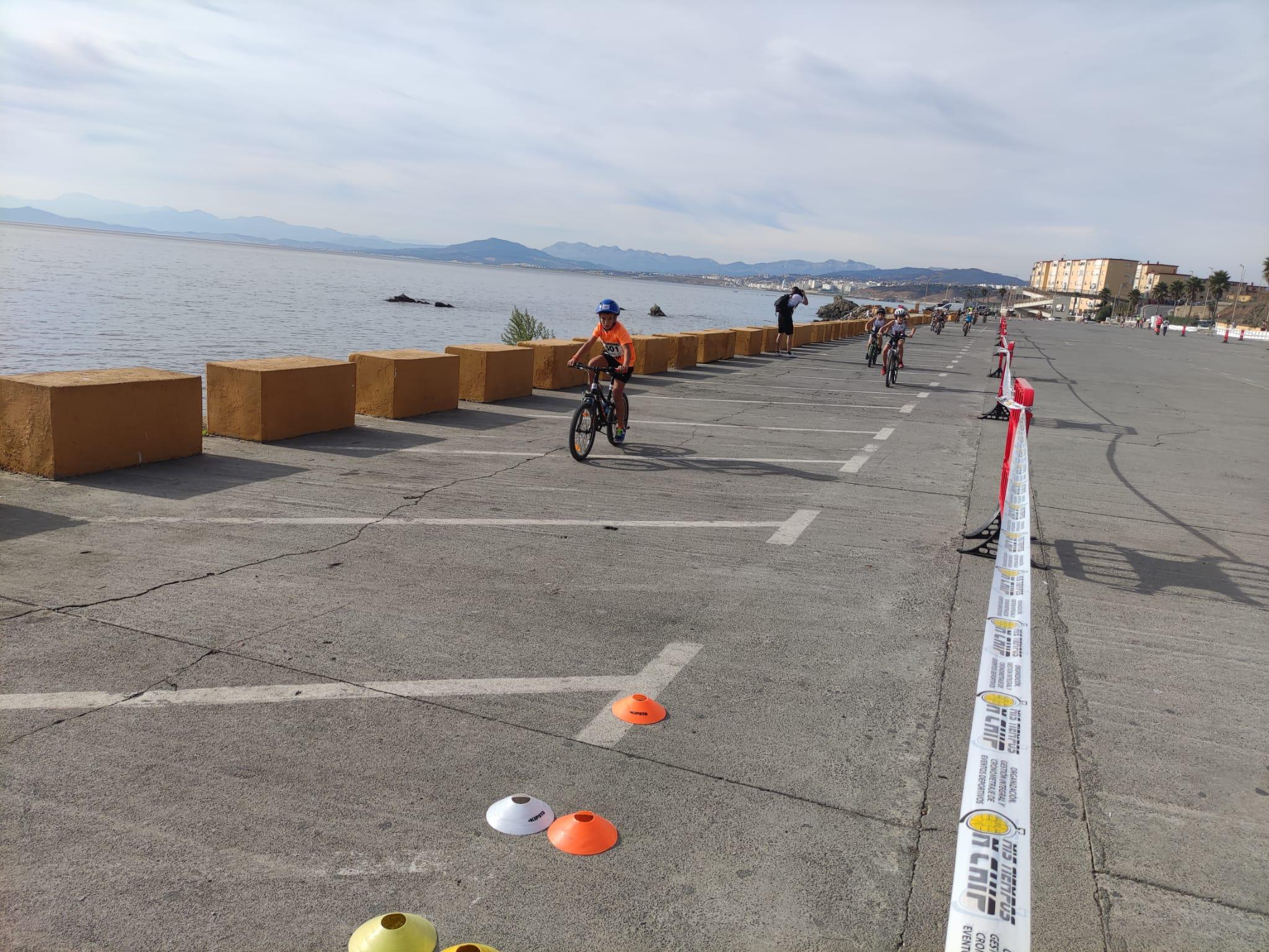 El II Triatlón del Menor José Pomposo ha finalizado con 110 participantes de todas las categorías